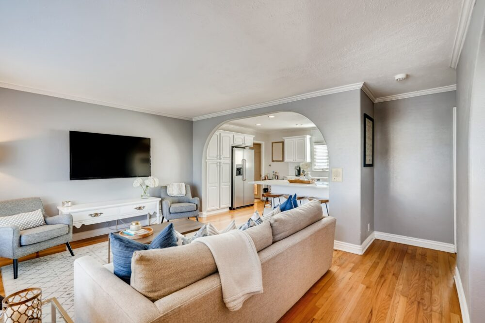 09 Living Room 1584636162030