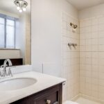 09 Master Bathroom