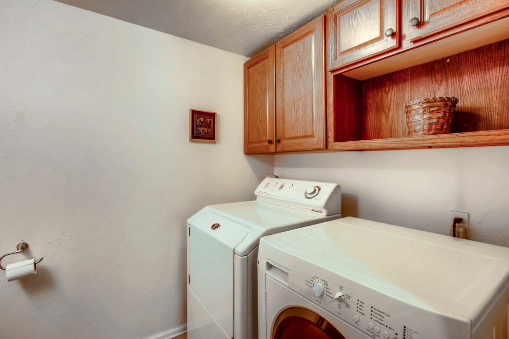 10192 W Jewell Ave Apt D-print-025-28-Laundry Room-2700×1800-300dpi