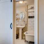 11 Master Bathroom 1581012624163