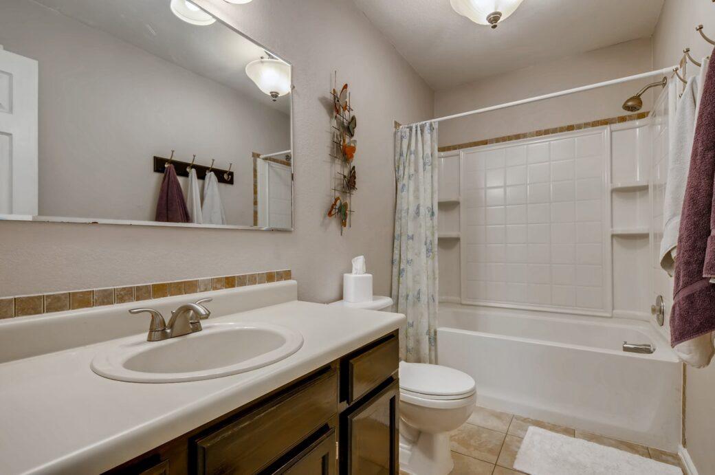 24 2nd Floor Bathroom