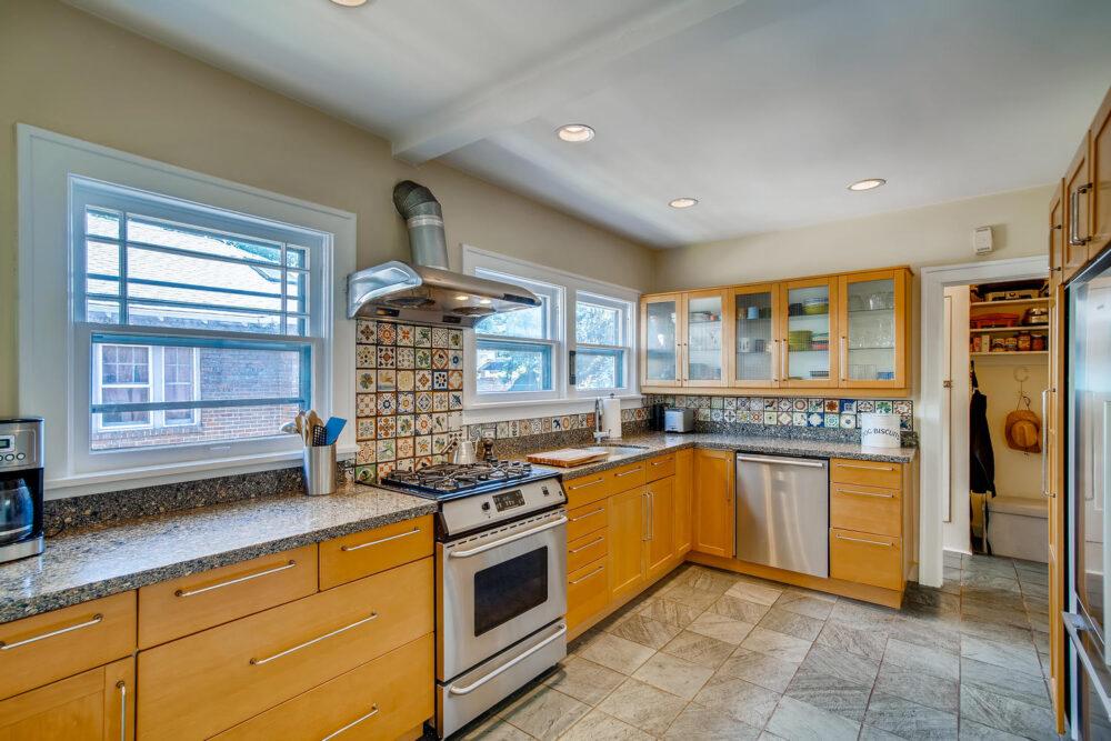 2500 Bellaire St Denver CO-large-010-012-Kitchen-1500×1000-72dpi
