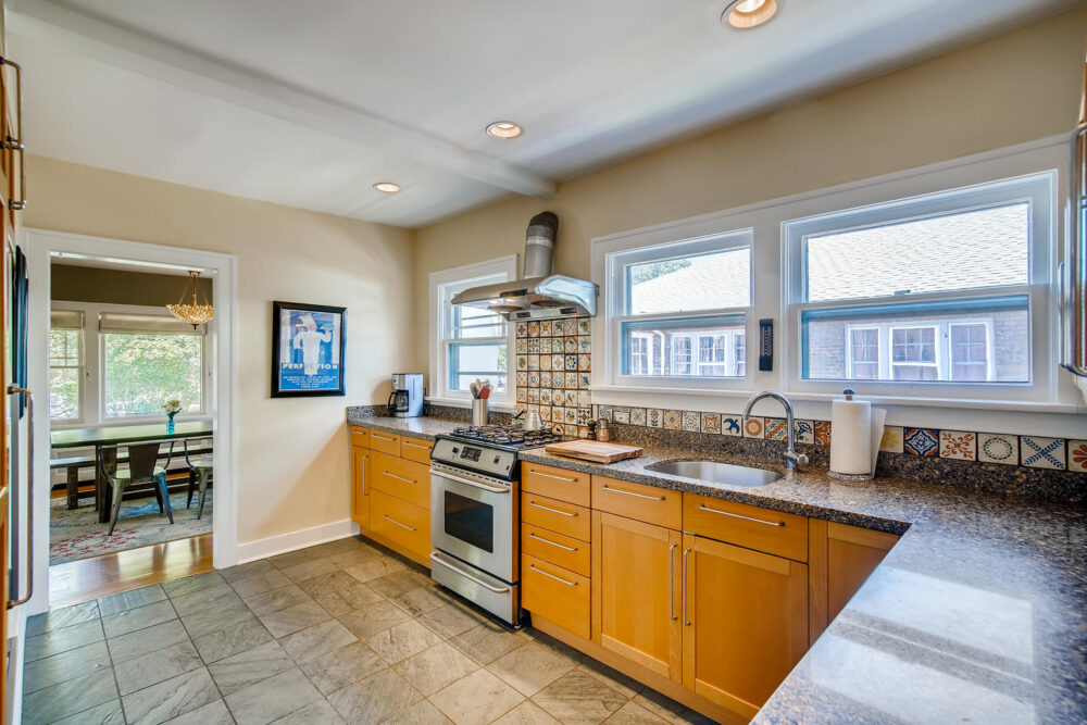 2500 Bellaire St Denver CO-large-012-028-Kitchen-1500×1000-72dpi