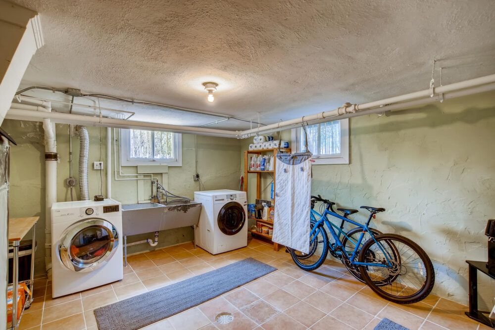 2500 Bellaire St Denver CO-large-024-022-Lower Level Laundry Room-1500×1000-72dpi