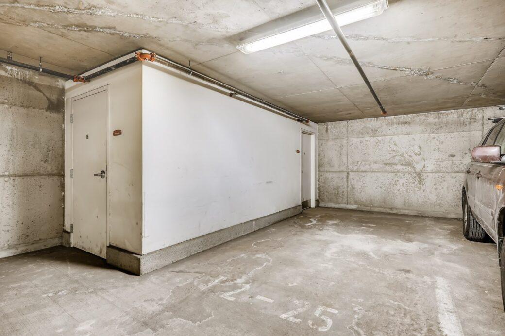 27 Parking and Storage