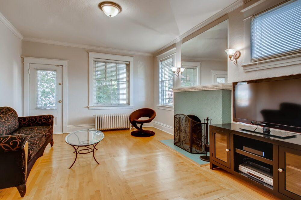 29 Living Room 1601568391251